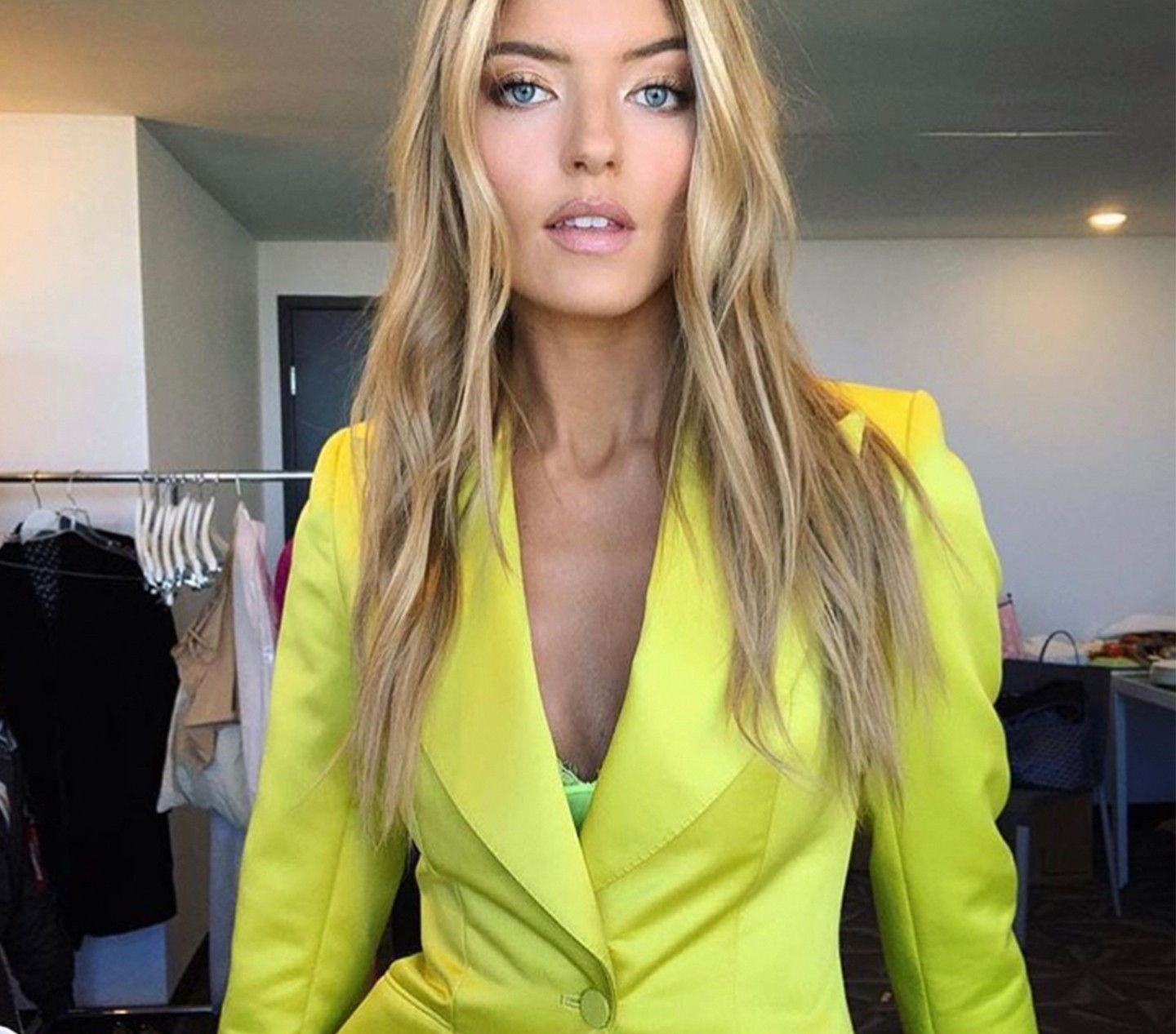 MARTHA HUNT - Celebrity Family Feud Show