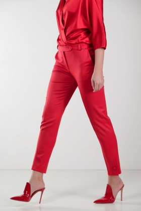 RED WOOL CIGARETTE PANTS WITH BUTTON CUFF