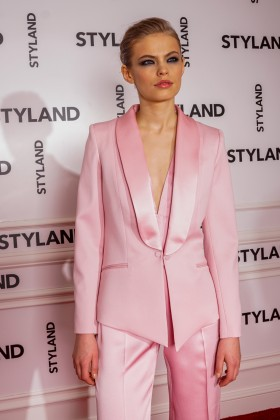 PREMIUM CHRYSTAL PINK WOOL TUXEDO WITH SHAWL LAPEL