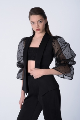 BLACK VEST WITH TRANSPARENT DETACHABLE SLEEVES