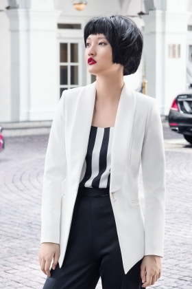 WHITE TUXEDO WITH SILK SHAWL LAPEL