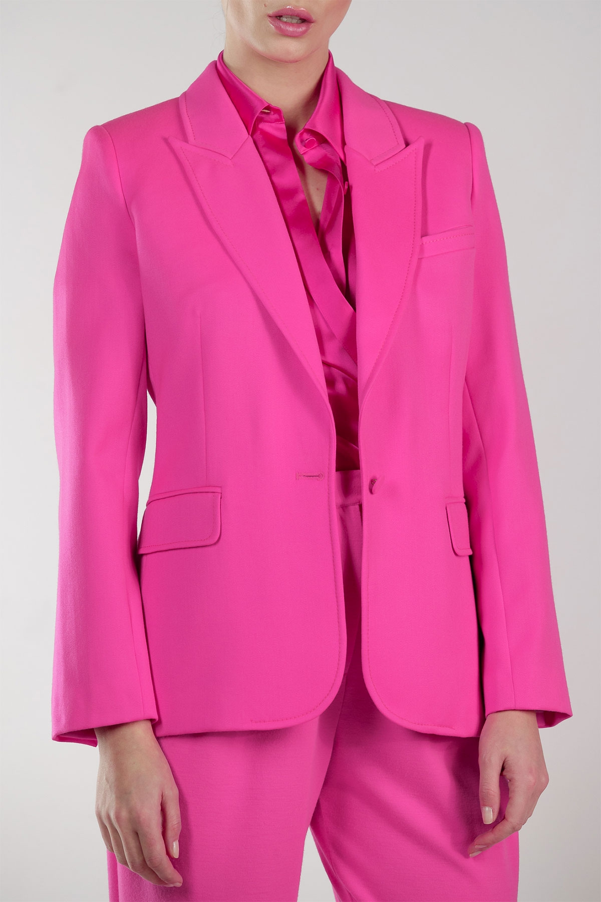 Shop the latest styles of Womens Pink Coats at Macys. Check out our designer collection of chic coats including peacoats, trench coats, puffer coats and more! Macy's Presents: The Edit - A curated mix of fashion and inspiration Check It Out.