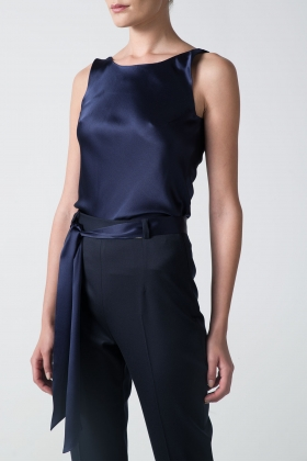 NAVY SILK TOP WITH OPEN BACK