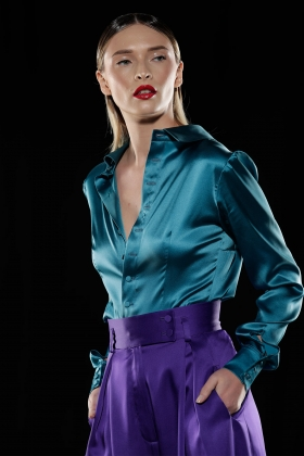 MORROCAN BLUE PUSSY-BOW SILK SHIRT WITH BACK BUTTONS