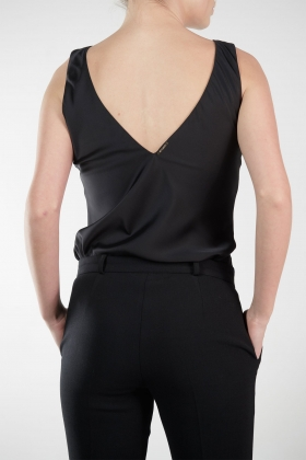 BLACK SILK TOP WITH OPEN BACK