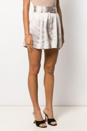 PLEATED WIDE-LEG SHORTS