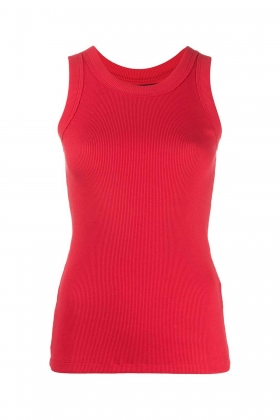 RED RIBBED TANK TOP